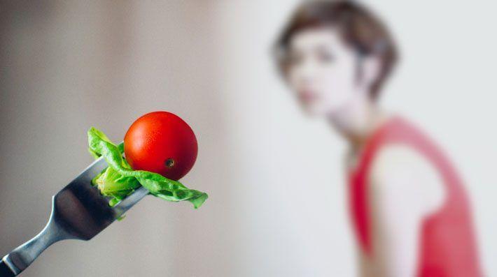 ¿Cómo comportarme con alguien muy cercano que sufre un Trastorno de la Conducta Alimentaria?
