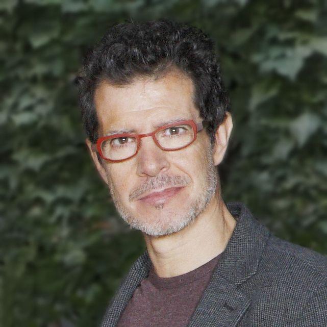 Periodista Valentín Vidal