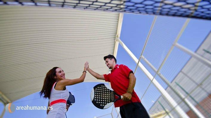 Explicamos qué es el contagio emocional en un deporte por parejas como el pádel